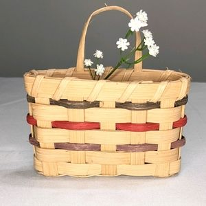 Miniature Vintage 90s Handwoven Wall Basket